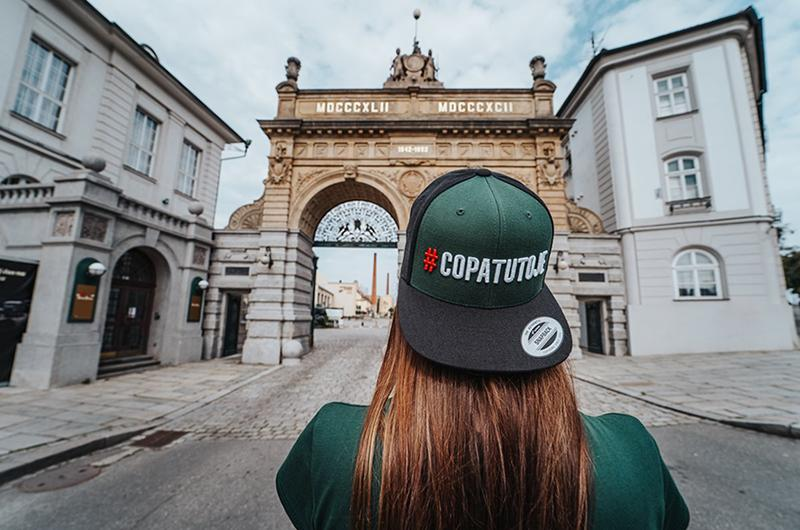 Nová kolekce oblečení #COPATUTOJE je tu! Podílí se na ní ikonická značka Pilsner Urquell